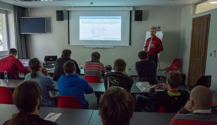 Jak efektivně programovat vSolidCAMu poradil Ivan Cimr. Foto: Miroslav Vyhnalík