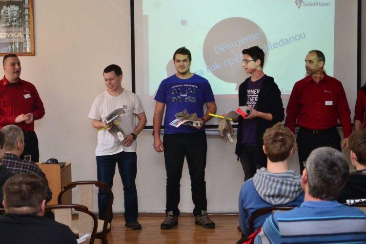 Ceny vítězům předal Martin Freibauer (vlevo)