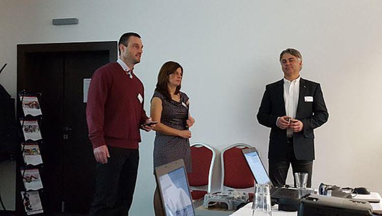 Dne 23. listopadu 2016 se konala EDU konference vhotelu Magnus vTrenčíně. Konferenci zahájili jednatel společnosti Schier Technik Slovakia Radoslav Zavřel (vlevo), Katarína Hrabovská, EDU manažerka pro Slovensko (uprostřed), a Zdeněk Bašta, obchodní manažer Dassault Systèmes SolidWorks. Foto: Marek Pagáč