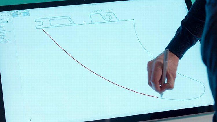 SolidWorks 2019 bude podporovat skicování splajnů rukou.