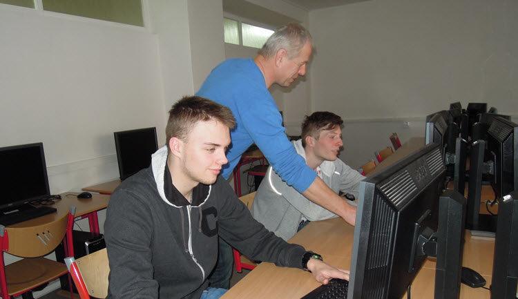 Studenti zVyškova chtějí nahlížet konstruktérům přes rameno