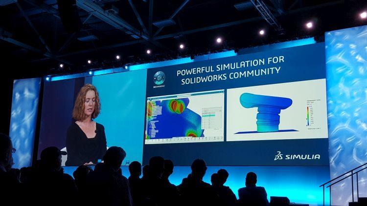 Simulia používají konstruktéři pro různé simulace a analýzy, kterými predikují chování, zatížení, přenos tepla, proudění plynů a kapalin nebo průběh 3D tisku. Foto: Marek Pagáč