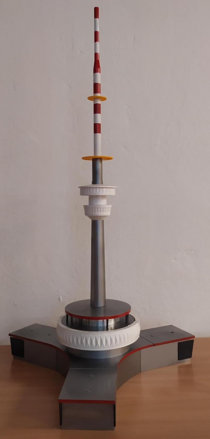 Model Pradědu, který vznikl pomocí 3D tisku a CNC obrábění kovových dílů. Foto: Radek Rončák